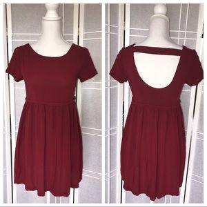 NWOT🍷Forever 21 Open Back Dress (Velvety Soft)